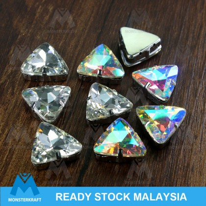 10 pcs Glass Sew-on Rhinestones with Settings, 18mm Triangle