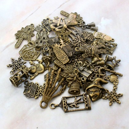 Charms Festival Series Random Mix, Christmas Halloween Charm, Antique Brass-Plated Pewter 50grams /pack